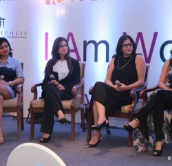 [L to R] Devita Saraf along with Lucky Morani, Raunaq Roy and Amrita Raichand during 'I AM WOMAN' even. in India 5-4-2016